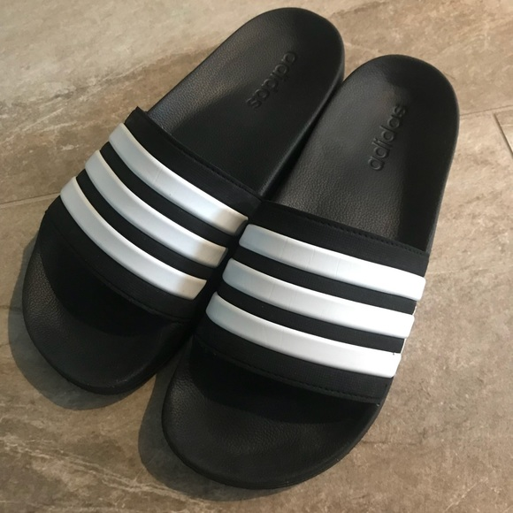 c1d46ef7d8ed9 Adidas Men s Black slides cloudfoam Excellent